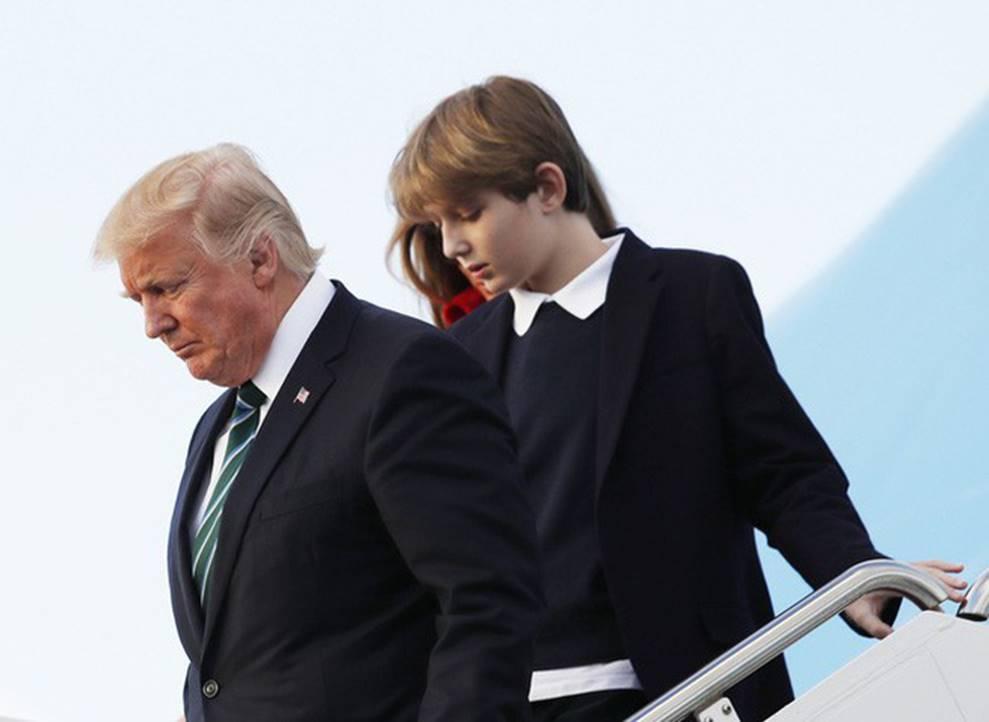 Cuộc sống đi lùi để quay lại vạch đích của con trai út Tổng thống Trump: Đến trường học cũng sang chảnh bậc nhất nước Mỹ-1