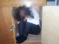 Sợ học sợ kiểm tra, 3 nữ sinh chui vô tủ quần áo ở KTX trốn khiến cả trường tưởng mất tích nháo nhác đi tìm