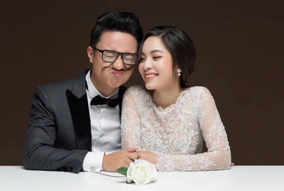 MC Cà phê sáng Dương Sơn Lâm tung ảnh cưới ngọt ngào với vợ 9X-3