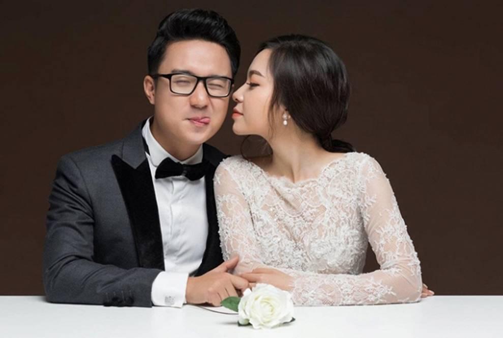 MC Cà phê sáng Dương Sơn Lâm tung ảnh cưới ngọt ngào với vợ 9X-8