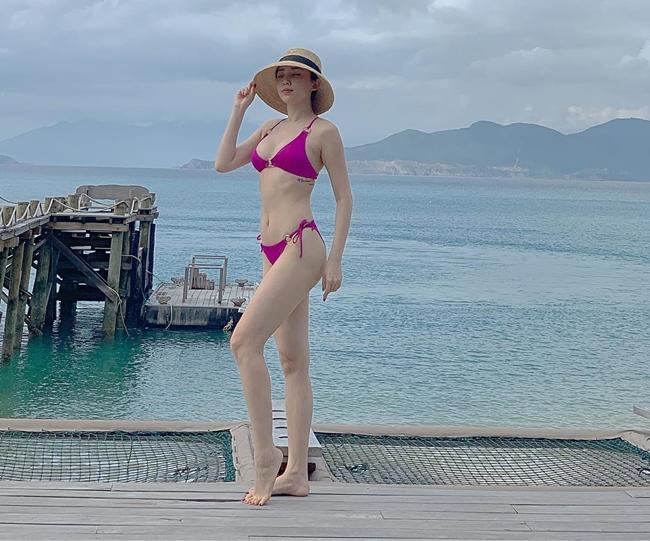 Chưa tới hè, loạt mỹ nữ Việt đã diện bikini khoe đường cong hút mắt-2