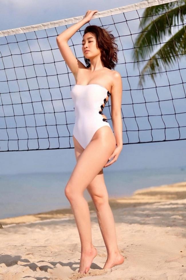 Chưa tới hè, loạt mỹ nữ Việt đã diện bikini khoe đường cong hút mắt-10