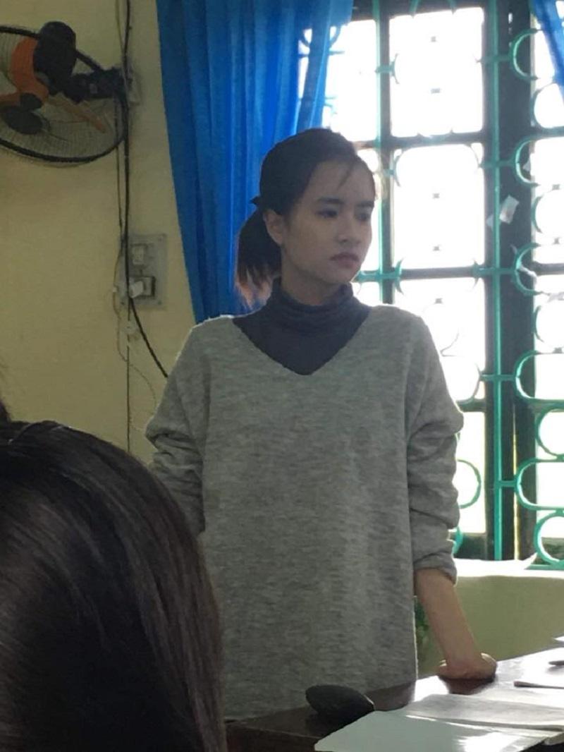 Bị học sinh chụp ảnh dìm, cô giáo thực tập vẫn nổi bần bật vì nét lai xinh đẹp chẳng kém hot girl Thái-2