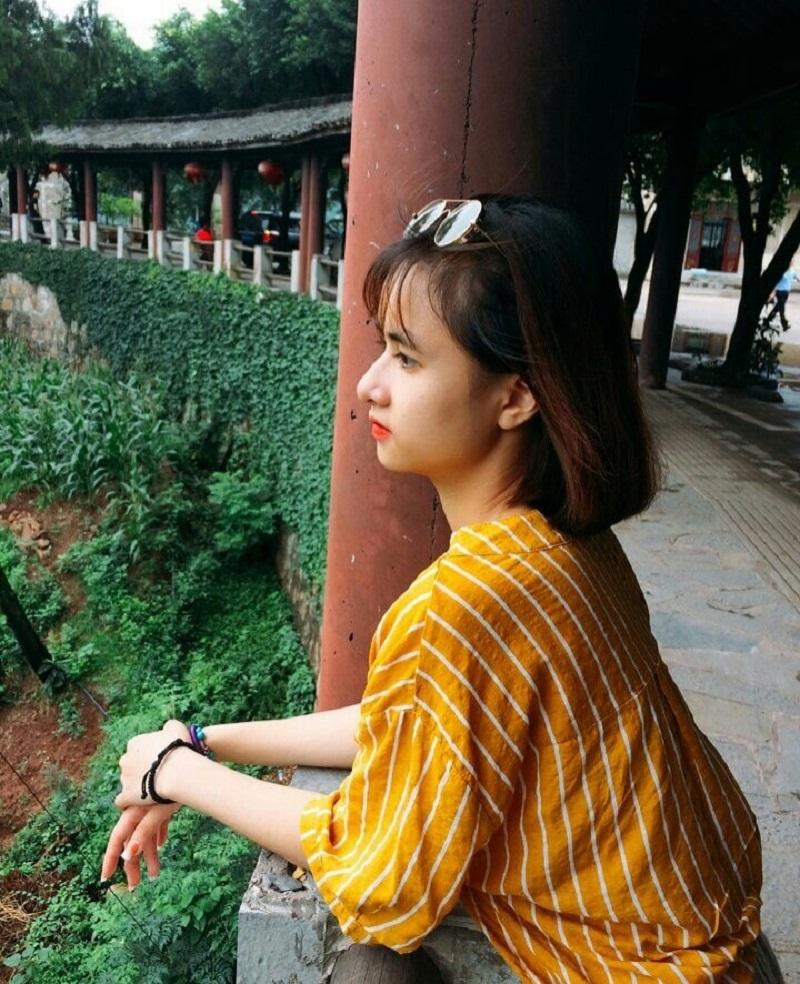 Bị học sinh chụp ảnh dìm, cô giáo thực tập vẫn nổi bần bật vì nét lai xinh đẹp chẳng kém hot girl Thái-11