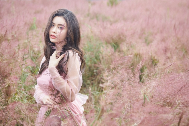 Mẹ một con Trương Quỳnh Anh đẹp nhẹ nhàng, mong manh tựa sương khói-4