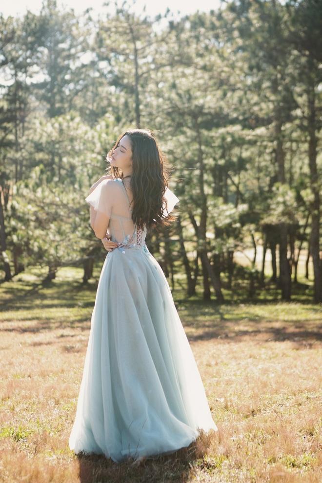 Mẹ một con Trương Quỳnh Anh đẹp nhẹ nhàng, mong manh tựa sương khói-9