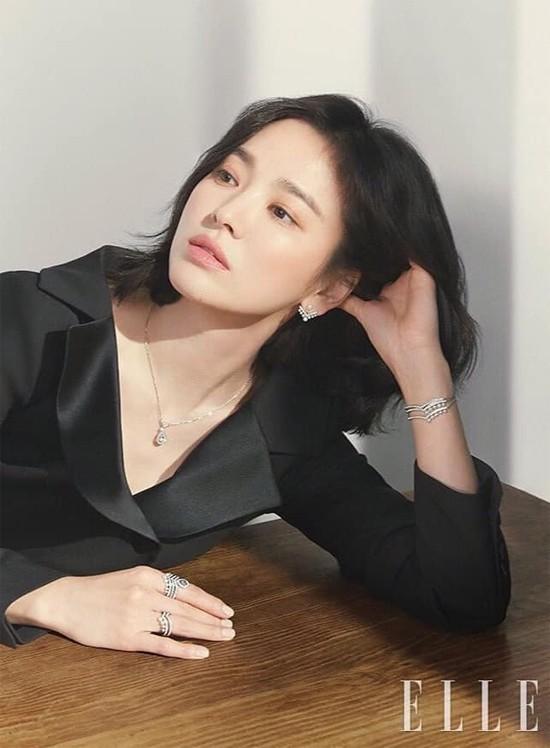 Bài phỏng vấn mới nhất của Song Hye Kyo giữa thời điểm nhạy cảm: Ai rồi cũng thay đổi-7