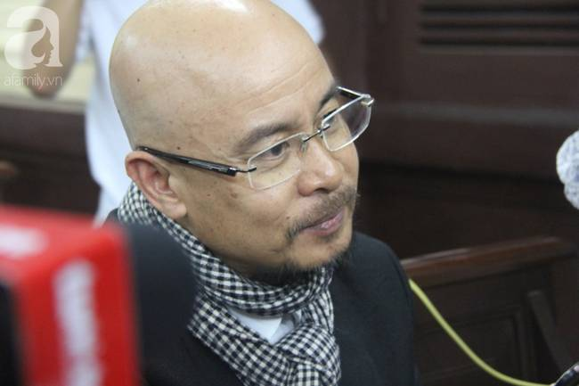 Ngày thứ 3 xét xử vụ ly hôn nghìn tỷ: Ông Vũ chấp nhận mọi phán quyết của tòa, bà Thảo tiếp tục căng thẳng-3