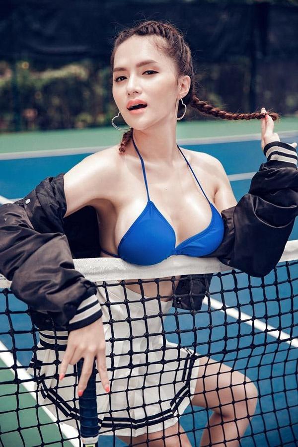 Trước khi hết nhiệm kì, Hoa hậu chuyển giới Hương Giang liên tục khiến ai nấy giật mình vì vòng 1 quá khác biệt-9