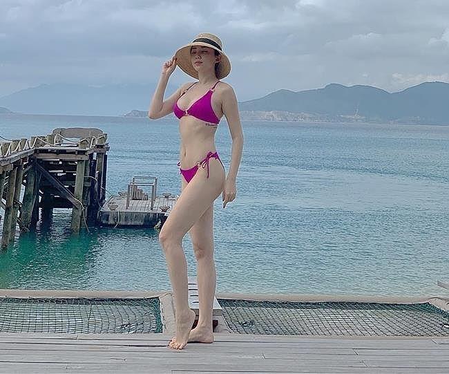 Bỏng mắt ngắm loạt mỹ nhân Việt khoe body gợi cảm với bikini-3