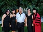 Ái nữ tập đoàn Huawei: Giàu nhưng tiết kiệm, tài năng khác thường, đam mê viết code-9