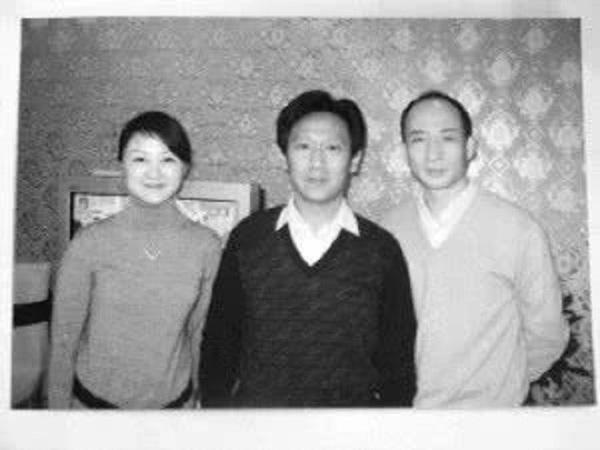 Nữ MC nổi tiếng Trung Quốc tự tử vì chồng ngoại tình, thư tuyệt mệnh gửi lại cũng chỉ mong chồng cho đeo nhẫn, mặc váy cưới-4