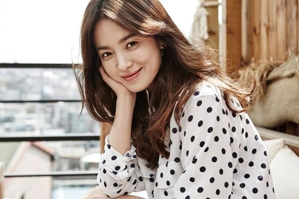 Xin đừng lo lắng cho Song Hye Kyo, nếu lỡ một ngày hôn nhân trật bánh thì cũng chẳng cần tiếc nuối một cuộc tình chẳng trọn vẹn, một người đàn ông thay lòng-10