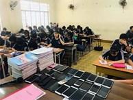Nhờ cách làm bá đạo này, giáo viên đã khiến đám học trò 'bất lực' trong việc quay cóp!