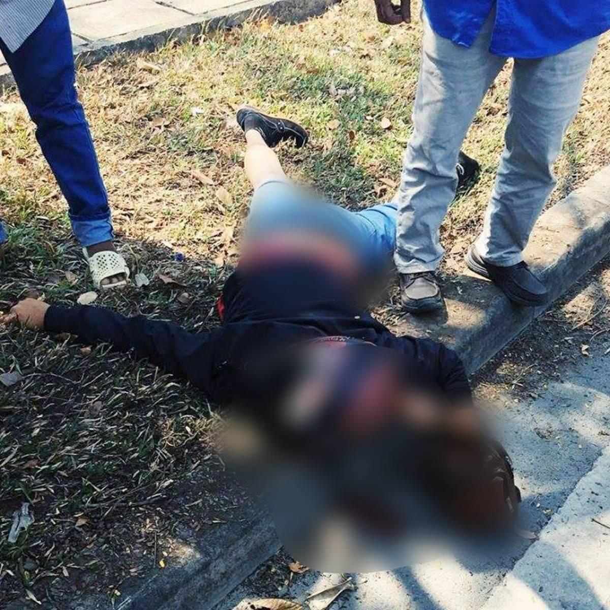 TP. HCM: Va chạm với xe máy, nam thanh niên 25 tuổi lái mô tô văng vào lề đường tử vong tại chỗ-2