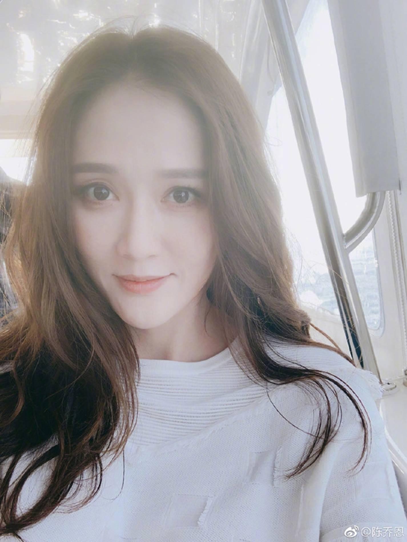 Đông Phương Bất Bại Trần Kiều Ân tuổi 40 trẻ đẹp như thời đôi mươi-4
