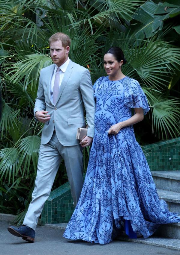 Lý do thực sự đằng sau gương mặt khó chịu, không một nụ cười của Hoàng tử Harry bên cạnh vợ bầu trong suốt chuyến công du vừa qua-1