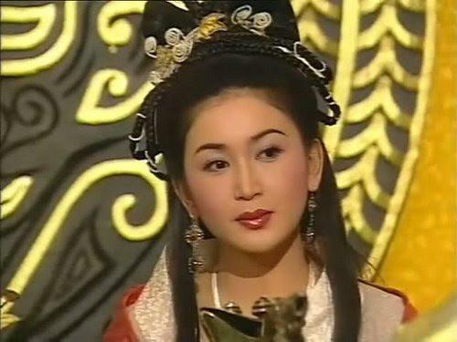 Tuổi xế chiều của Đát Kỷ quyến rũ nhất lịch sử: Sắc vóc đỉnh cao, không sinh con vẫn được chồng đại gia cưng như bà hoàng-6