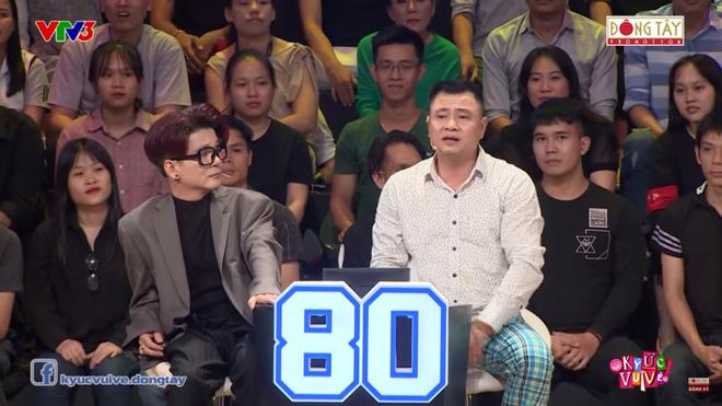 NSND Hồng Vân: Tôi nghèo tới mức phải cắt đôi bánh xà phòng ra rửa mặt, không dám tắm-3