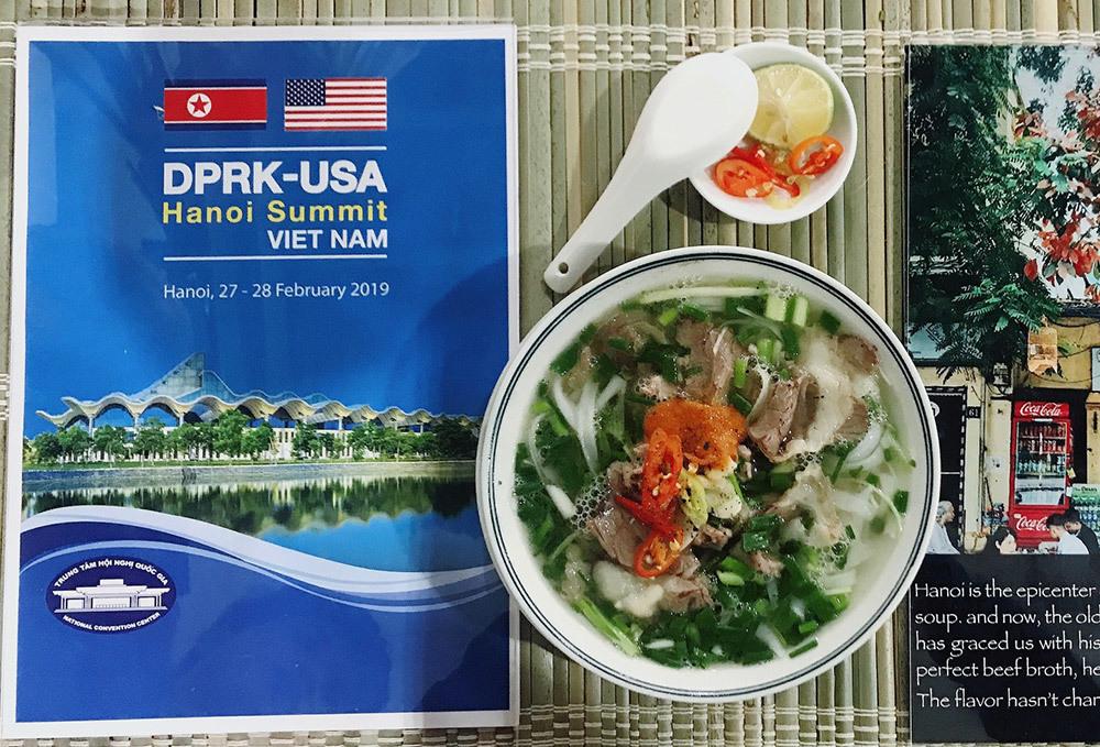 Thượng đỉnh Mỹ - Triều: Chủ hàng phở ngày ngủ 2 tiếng, thái thịt xuyên đêm-5