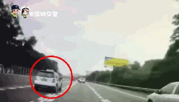 Clip: Khoảnh khắc tài xế taxi công nghệ ngủ gật dẫn đến tai nạn kinh hoàng-4