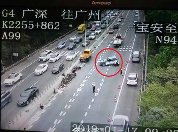 Clip: Khoảnh khắc tài xế taxi công nghệ ngủ gật dẫn đến tai nạn kinh hoàng-5