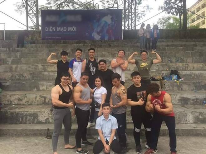 Xuất hiện trường ĐH ở Việt Nam sở hữu dàn nam sinh body 6 múi, cơ bắp lực lưỡng đến chảy máu mũi!-2