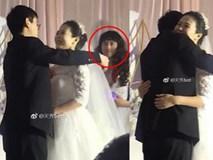 Đám cưới nhưng không đủ phù dâu, cô dâu chú rể nhanh trí xử lý khiến dân mạng được phen cười lăn lộn