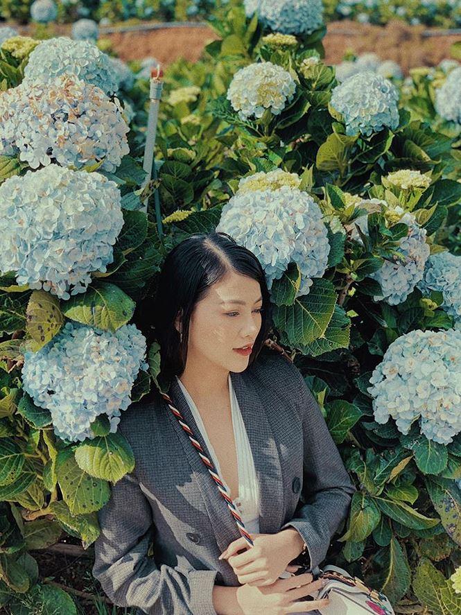 Tiểu Hoa hậu nhà Hà Kiều Anh xinh như thiên thần trình diễn áo dài-11