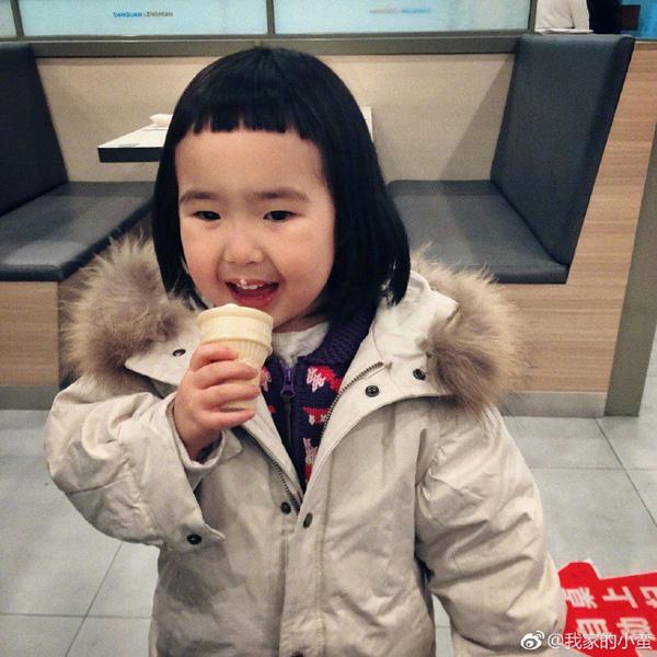 Cô bé thánh ăn ngày nào từng khiến hàng triệu bố mẹ khao khát giờ đây gây sốt với vẻ ngoài lung linh và vẫn ăn cả thế giới-8