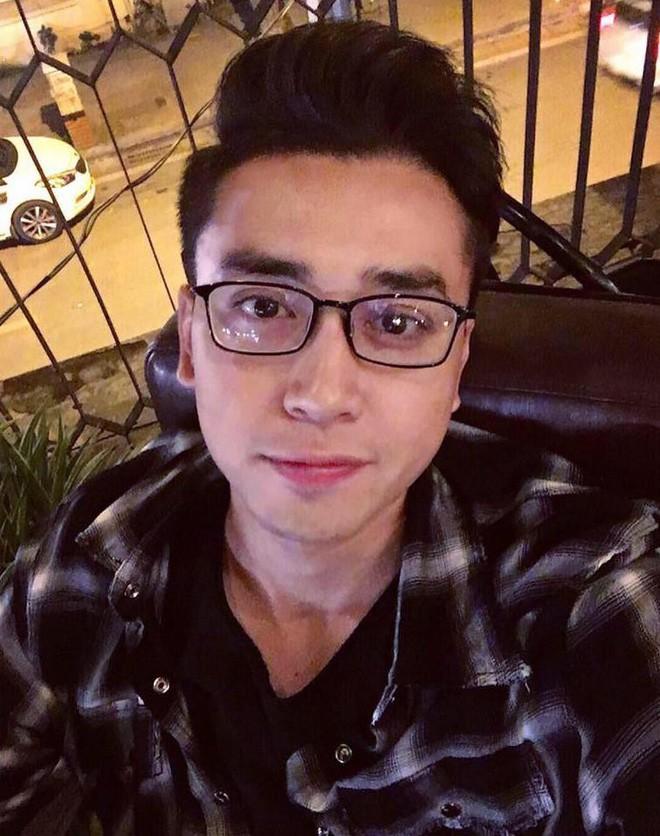 Giáo viên tâm lý phong cách như trai Hàn được bọn học trò lắm chiêu rần rần xin link-5