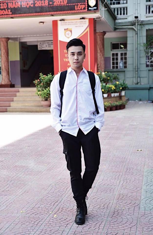 Giáo viên tâm lý phong cách như trai Hàn được bọn học trò lắm chiêu rần rần xin link-9