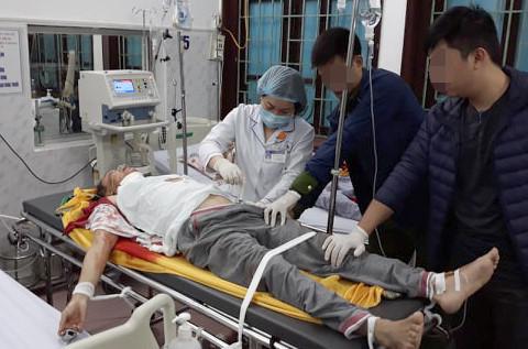 Thầy cúng truy sát cả nhà hàng xóm ở Nam Định nguy kịch-1