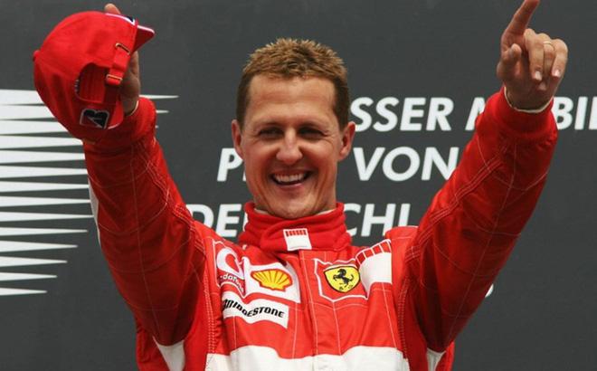 Michael Schumacher lần đầu xuất hiện sau 6 năm chiến đấu với Tử thần-1