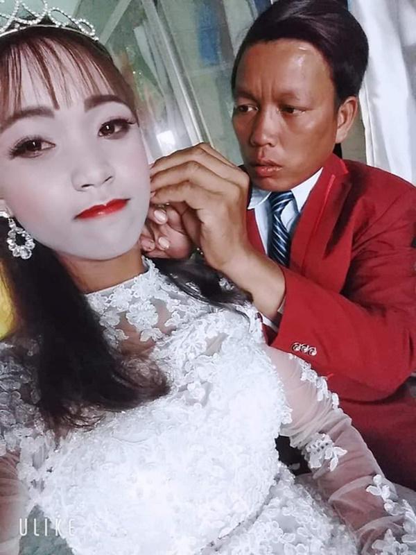 """Cô dâu ôm hận vì thuê nhầm thợ make-up mất tâm"""", hóa trang xong trông như hề trong ngày cưới-1"""