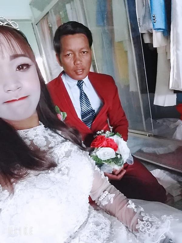 """Cô dâu ôm hận vì thuê nhầm thợ make-up mất tâm"""", hóa trang xong trông như hề trong ngày cưới-2"""