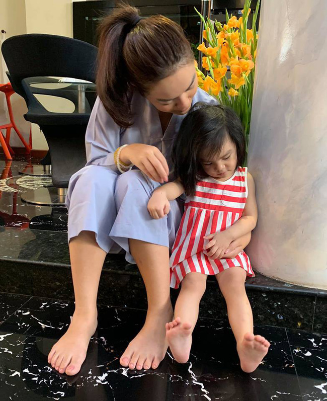 """Con gái Phạm Quỳnh Anh ngọng líu ngọng lô"""" mếu máo An không đến nớp""""-1"""