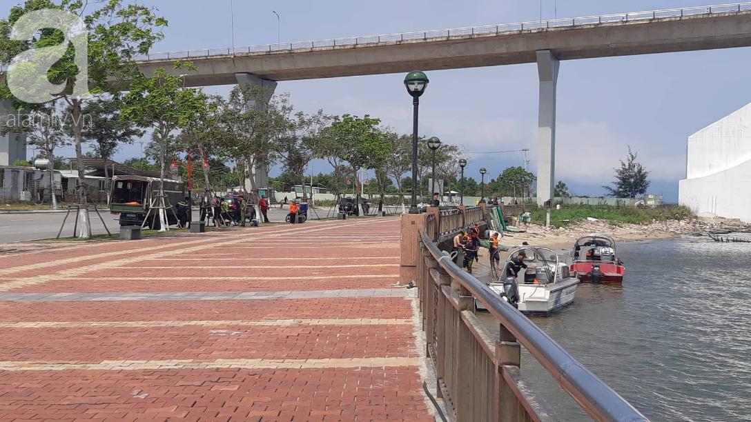 Vụ bé gái 8 tuổi bị cha giết rồi vứt xác xuống sông Hàn: Người nhà mỏi mòn chờ thợ lặn tìm thi thể bé-3