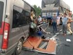 Tiết lộ khó tin về xe khách lao đuôi xe container khiến cán bộ công an tử vong-3