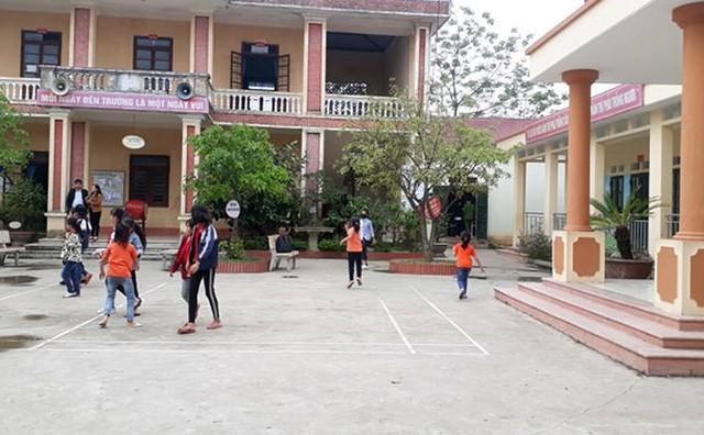 Họp báo chính thức thông tin vụ thầy giáo bị tố dâm ô hàng loạt bé gái tiểu học ở Bắc Giang-2