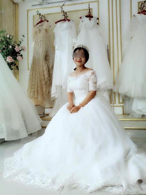 Từng hứa sẽ chờ đợi, cô gái Nghệ An gây hoang mang với ảnh mặc váy cưới khi bạn trai đi nghĩa vụ được 6 ngày-3