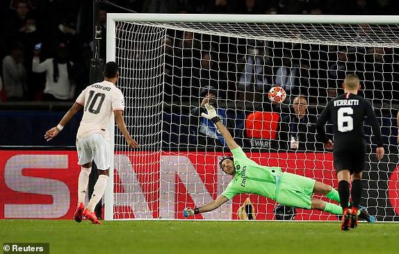 Thắng PSG 3-1, MU ngược dòng vào tứ kết Champions League-2