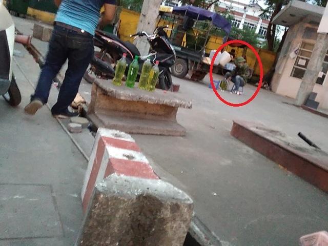 Hà Nội: Người dân cắn răng mua gần 35.000 đồng/lít xăng-2