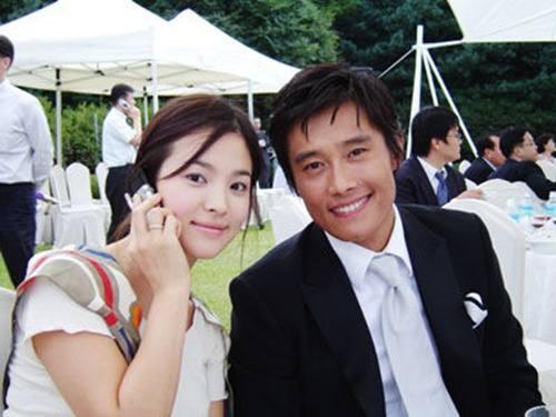 Giữa lùm xùm Song Joong Ki ngoại tình, dân mạng lại đào mộ chuyện Song Hye Kyo từng bị phản bội trong quá khứ-1