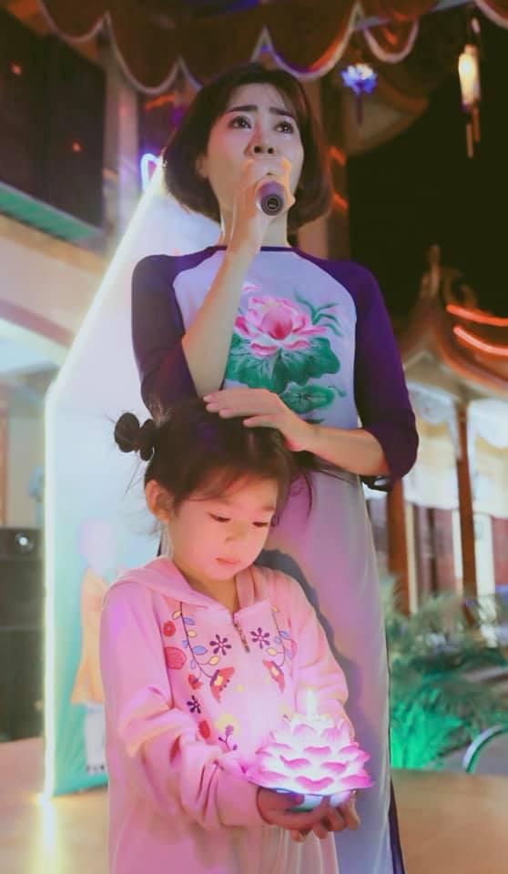 """Cuộc sống sao Việt khi chống chọi với bạo bệnh: Người lột xác"""" hình ảnh để lấy lại tinh thần, người vẫn miệt mài hoạt động nghệ thuật mỗi ngày-4"""