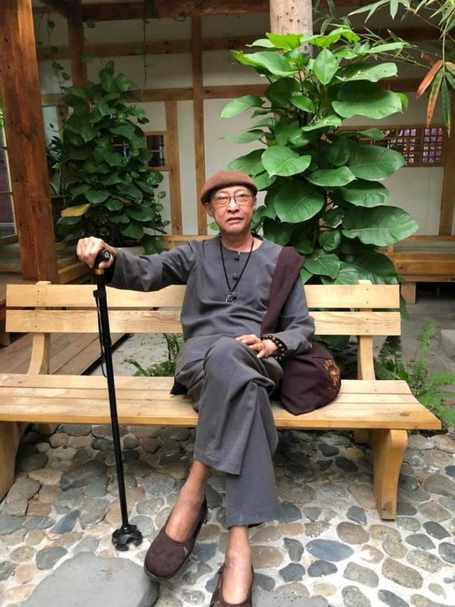 """Cuộc sống sao Việt khi chống chọi với bạo bệnh: Người lột xác"""" hình ảnh để lấy lại tinh thần, người vẫn miệt mài hoạt động nghệ thuật mỗi ngày-7"""
