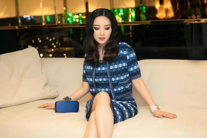 Hoa hậu Giáng My thả dáng sang chảnh với cây đồ hiệu-4