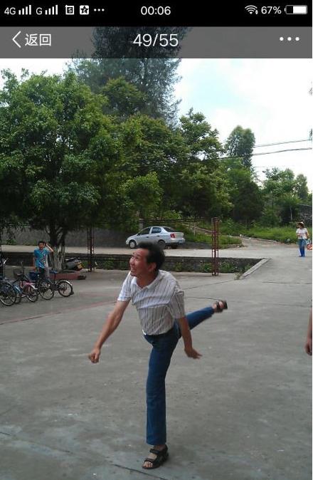 Chết cười khi thầy cô tham gia thi đấu thể thao: những pha tạo dáng và biểu cảm có tính giải trí cực mạnh-12
