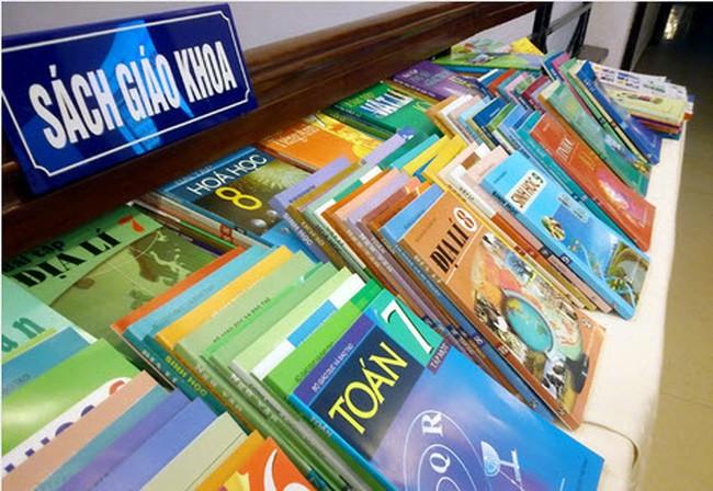 Không tăng giá sách giáo khoa năm học 2019 - 2020-1