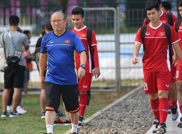 HLV Park Hang Seo khiến tuyển thủ U23 Việt Nam tẽn tò!-1